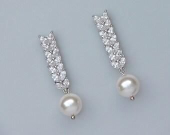 Crystal Bridal Earrings, Crystal Dangle Wedding Earrings, Pearl Drop Earrings, Pearl & Crystal Earrings, Bridal Jewelry, EVAN