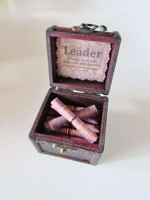 Leadership Gift, Boss Gift, Boss Card, Motivational Gift, Leadership Scroll Box, Leadership Quotes in Wood Box, Best Boss, Boss Gift Idea