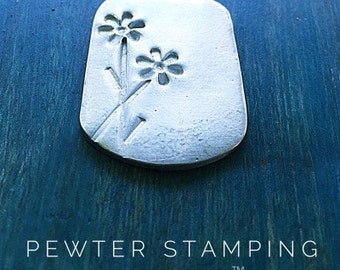 Pewter Stamping Blanks - Daisy Pendant - Pewter Pendant - Handstamping Supplies - Wholesale Jewelry Supply (M207D)