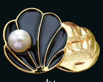 Shell Brooch, Enamel, The Tahitian, Black Vintage Inspired Brooch