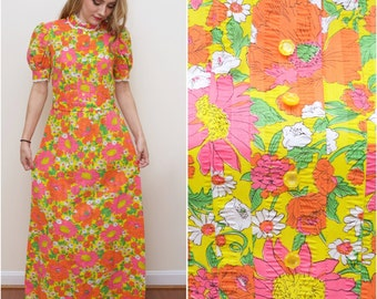 60's Vintage Bright Floral Maxi dress Size Small