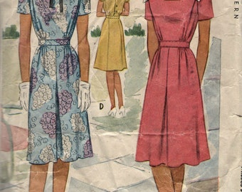 Vintage 1940s McCall Sewing Pattern 5706 - Misses' Dress size 16 bust 34""