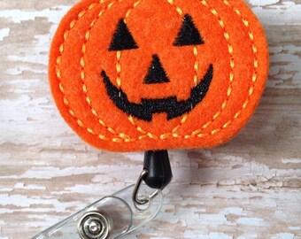 Smiling Pumpkin retractable badge reel, Halloween felt badge reel, Pumpkin id badge reel, Halloween badge reel, Holiday Badge Reel