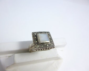 Marcasite Ring, Mother of pearl Ring, Sterling Silver, Square Ring, Vintage, Marcasite Jewelry, Pearl Ring