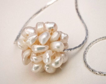 ON SALES: Pearls Cluster Pendant Necklace. Silver tone. Wedding jewelry.