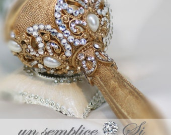 Gold Brooch Bouquet Holder