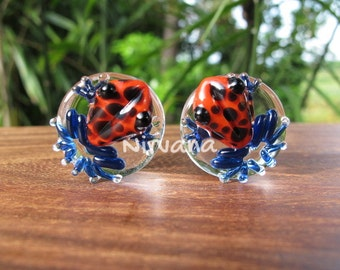 "Red & Black Spotted Poison Tree Frog Plugs Glass 00g 7/16"" 1/2"" 9/16"" 5/8"" 3/4"" 1"" 9.5 mm 10 mm 12 mm 14 mm 16 mm 18 mm 20 mm 22 mm 25 mm"
