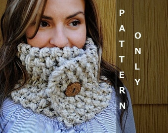 PATTERN - Chunky Knit Neckwarmer with Button