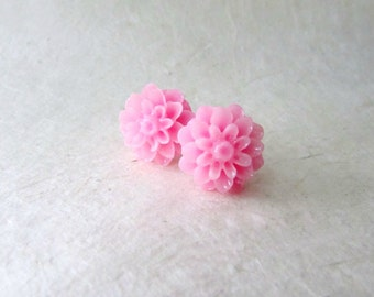 Pink Dahlia Flower Earrings. Pink Lemonade Resin Flower Stud Earrings. Big Stud Earrings in Bright Melon Pink. Everyday Earrings for Her.