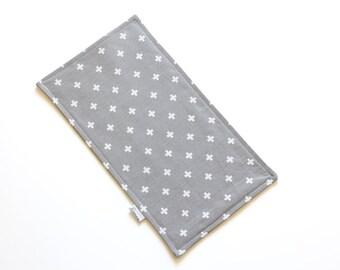 SALE || Burp Cloth || Mini White Cross on Grey || Fleece Backing