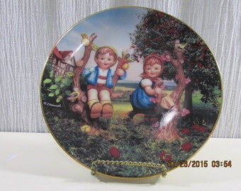 Apple Tree Boy and Girl Little Companions Plate Collection by M. J. Hummel Plate No. 7828 - Dated 1992