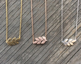 SALE- Leaf Necklace, Dainty Necklace, Simple Necklace, Everyday Necklace, Bridesmaids Necklace