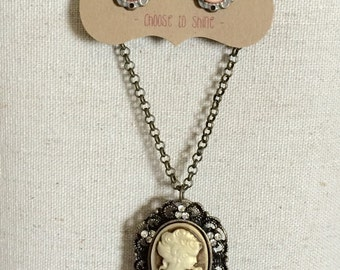 """Antiqued bust earring and 30"""" necklace set"""