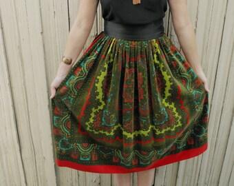 Velvet Skirt // Boho Clothing // Novelty Print // High Waisted // Paisley Print // Hippie Clothes // Bohemian // Heiser // XS Small