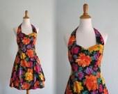 LAST CHANCE CLEARANCE Vintage Bright Floral Cotton Halter Sundress - 80s does 50s Pinup Halter Dress - Vintage 1980s Dress S M