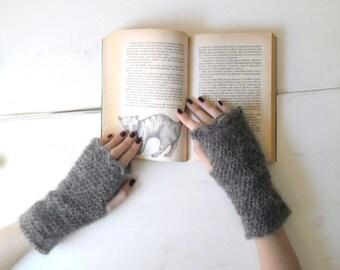 Arm warmers, grey handwarmers, crochet arm warmers, grey fingerless mitts