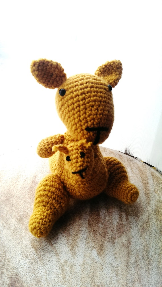 katy and kelvin the kangaroo, cute, soft, playful, crochet amigurumi,amigurumi kangaroo,crochet kangaroo