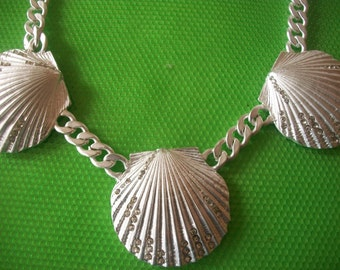 Three                            shells ,chain necklace ***Never Worn***