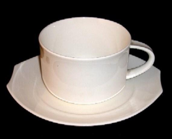 villeroy boch alba cup saucer plate vintage 80s elliptical. Black Bedroom Furniture Sets. Home Design Ideas
