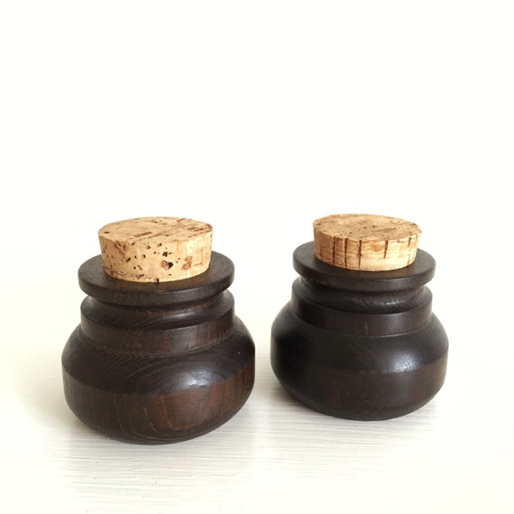 pair of small wood spice jars with cork lids wooden. Black Bedroom Furniture Sets. Home Design Ideas