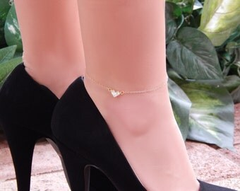 Crystal Anklet, CZ Heart Ankle Bracelet, Clear Crystal CZ Heart Anklet in Gold or Silver, Girlfriend Gift, Valentine's Day