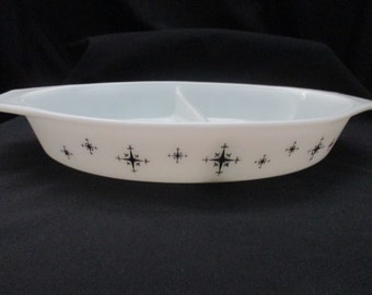 Vintage Pyrex #063, Snack Server, (Compass), 1 1/2 quart Divided Dish, Black on White, Promotional Dish. 1959