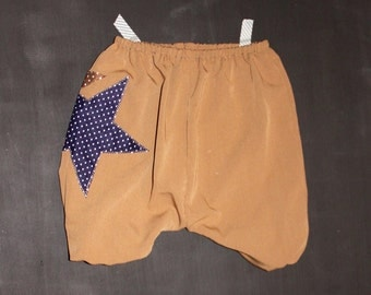 harem pants, beige with a star 6/9 months