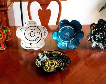 Vinyl record bowls.  record bowls, recycled vinyl record, LP Album, Handpainted! Spin art