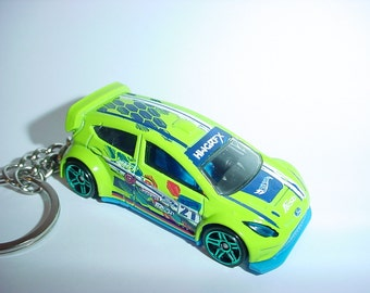 3D 2012 Ford Fiesta racer custom keychain by Brian Thornton keyring key chain finished in deep racing green color diecast metal body rally