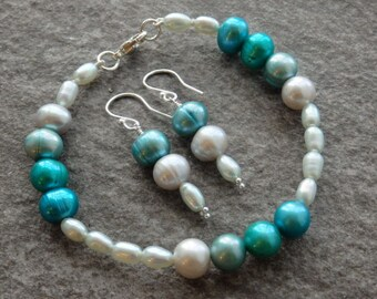 Teal Freshwater Bracelet & Earrings, Pearl Bracelet, Pearl Earrings, Matching Pearls, Silver Jewellery