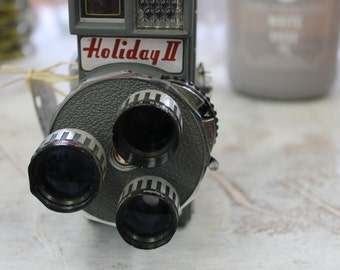 Vintage Holiday II three lense 8mm camera
