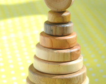 Toddler Toys/ Wooden  Stacking Toy/ Waldorf toy/ Wooden Toy/ Ring Stacker/ Montessori Game/ Organic Toy/ Educational Toy