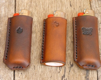 Hand crafted lighter sleeve. Made of top grain vegetable tanned leather.