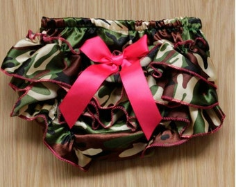 Ruffled bum diaper cover - Camo