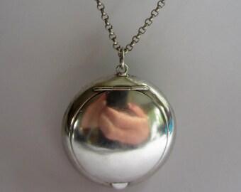 Antique silver compact pendant