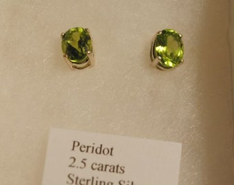 PERIDOT Faceted Oval Sterling Silver Post Stud Earrings
