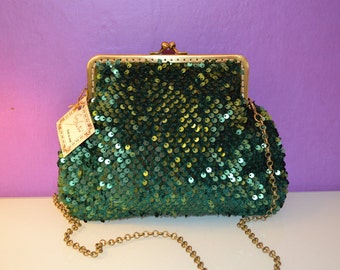 paillettes bag with kiss clasp
