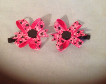 2 inch Pink with Spiders Halloween Grosgrain Snap Bows