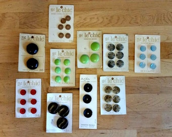 Vintage Le Chic Buttons - Lot of 10 Cards