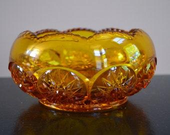 """Lovely vintage amber inverted scallop rim and starburst design rose bowl  (6.5"""")"""