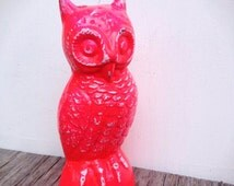 BOLD fluorescent hot pink garden owl // shabby rustic cottage chic // animal bird // paperweight figure