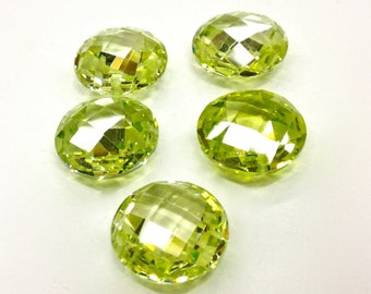 5 Pieces Light/ Lime Green CZ Cubic Zirconia Circular Pendant, 15mm, Faceted