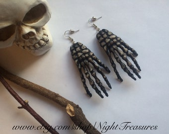 1 pair of creepy goth skeletons hands earrings