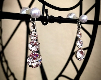 Tear Drop Rhinestone earrings w / Pearl back