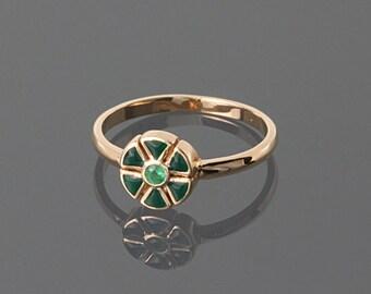 Emerald ring - Gemstone ring - Gold emerald ring - Green gemstone ring - May birthstone - Flower ring - Cute ring