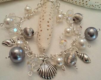 Beach Charm Bracelet, Shell Charm Bracelet, Nautical Bracelet, Beach Theme Bracelet, Bride, Wedding, Boho Jewelry, Boho Bracelet