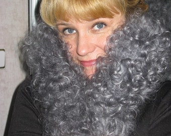 Curly downy mittens. Grey mittens made of goat down.