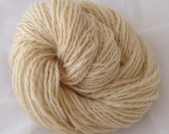Handspun Cream natural Wensleydale Yarn