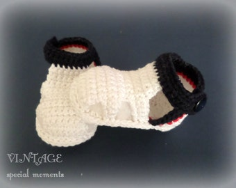 Crochet Baby Boy Shoes / Baby Booties / Hand Made Baby Shoes