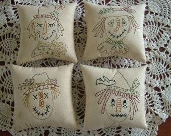 Primitive Fall Pillows~Scarecrows~Bowl Fillers~Ornies~Tucks